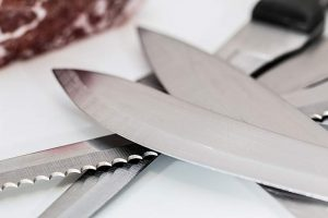 what kitchen knives do you need